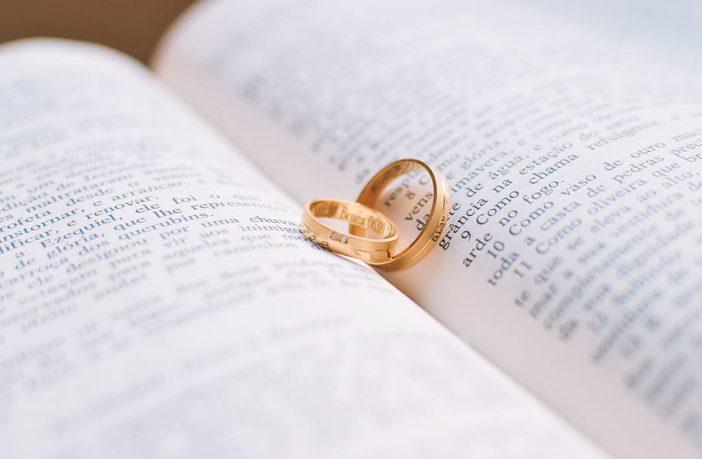 Gouden ringen schoonmaken
